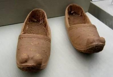1 蒲草鞋 唐.jpg