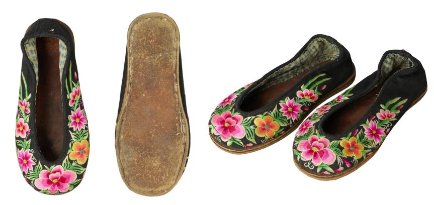 5白族女花鞋.jpg