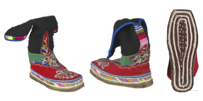 5藏族红黑毛呢绣花长靴.jpg