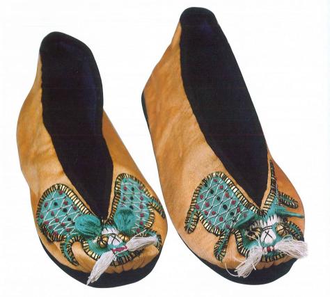 6狮子纹童鞋  民国.png