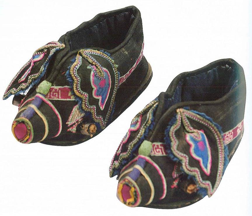 6猪纹婴儿鞋 民国.jpg
